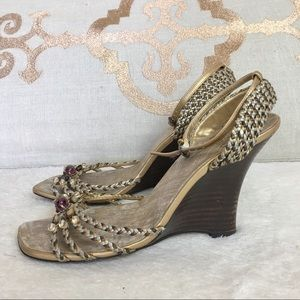 Linea Paolo wedge heel sandals gold Italy 7.5 m